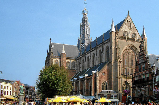 St Bavo Church at the market in Haarlem