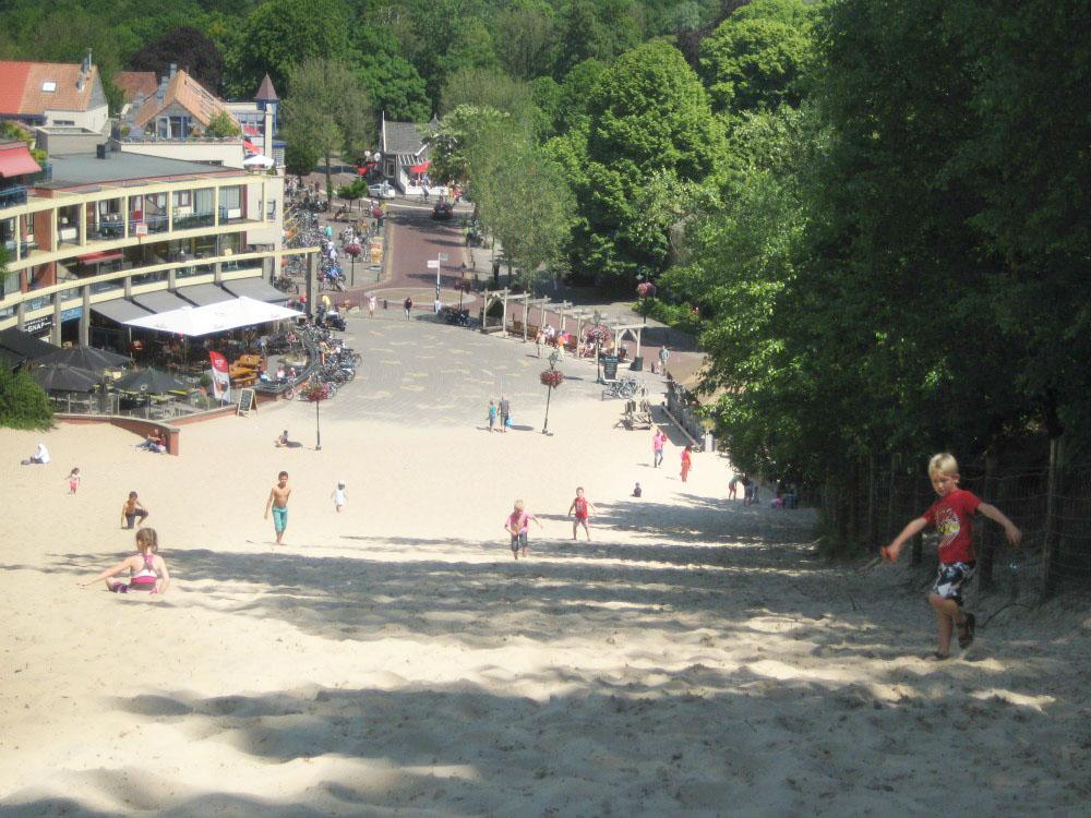 Running down the high dunes in Schoorl