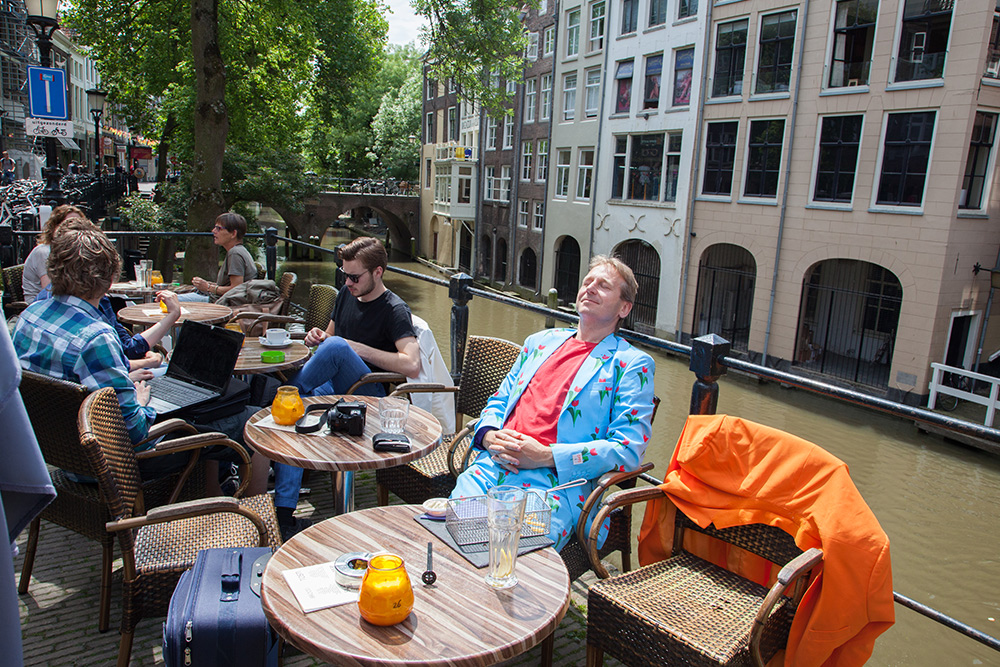 Relaxing at a bar next to the canals in Utrecht